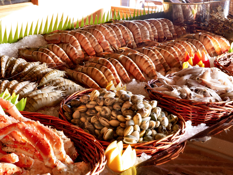 Fish market food4