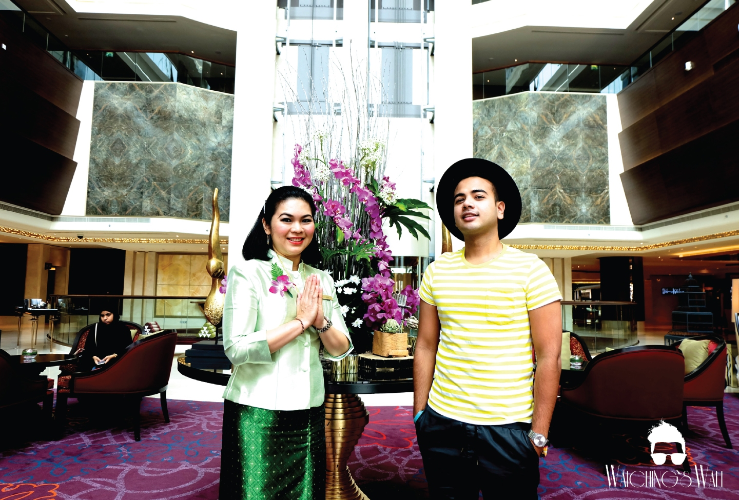 Dusit Thani_Hotel and Welcome_Ms Kitty_Waichings Wall