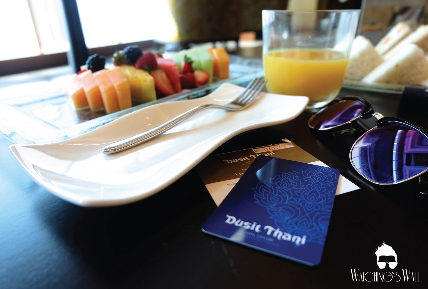 Dusit Thani_Hotel and Welcome_Waiching's Wall-02